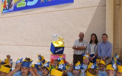 La alcaldesa participará mañana en la celebración de los 25 años del colegio Pablo Picasso