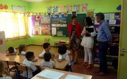 """La alcaldesa asiste en el Colegio Las Mercedes al programa de la oferta educativa """"Conocer a Cruz Herrera"""""""