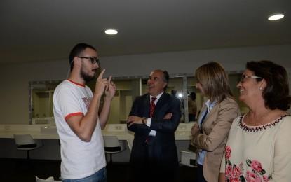"""Diego Arjona representa """"Spoiler"""" en el Teatro Florida"""