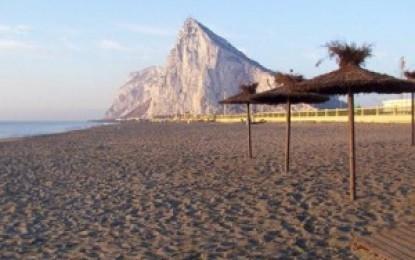 Servicios y Socorrismo Mundial S.L., de Málaga, vigilará las playas de La Línea