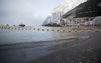 Costa marca la segunda fase del ambicioso plan de mejora de las playas en Gibraltar