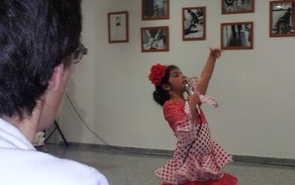 Celebración del Día de Andalucía en el Centro Polivalente de Fegadi