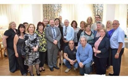Sacramento y Cortés inauguran la residencia y los apartamentos para la tercera edad John Mackintosh
