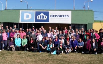 Ángel Villar visita a los usuarios de la delegación de Deportes
