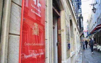 """El Cervantes considera que hay lugares """"más importantes y grandes"""" para difundir el español"""