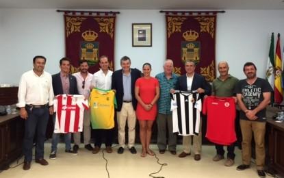 """Presentado el III torneo de futbol """"Mancomunidad de municipios del campo de Gibraltar"""" por Helenio Lucas Fernández Parrado y Luis Ángel Fernández"""