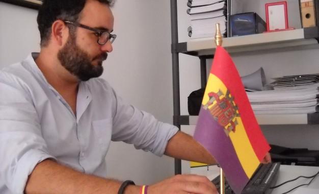 """Desde Izquierda Unida preguntamos por qué """"el Ayuntamiento de La Línea dio la licencia de primera ocupación de los juzgados de La Velada"""""""