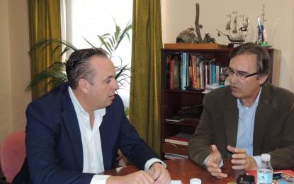El vicepresidente Ruiz Boix y el alcalde de Jimena analizan las inversiones de Diputación en materia de empleo