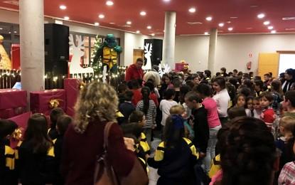 Programada por Festejos, el Palacio de Congresos vive una multitudinaria fiesta infantil de navidad