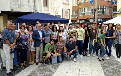 Macías destaca la importancia del sector turístico como motor económico con motivo del Día Mundial del Turismo