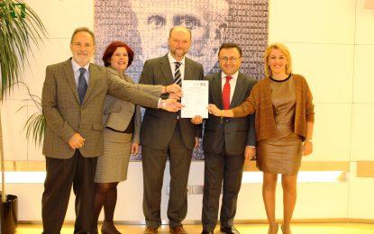 El PSOE reclama al gobierno que impulse el corredor ferroviario mediterráneo