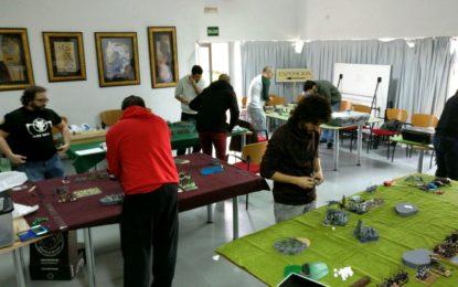 """La Casa de la Juventud acogió el campeonato provincial de juegos de estrategia """"Fantasy 9th Age"""""""