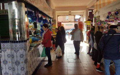 La concejalía de Mercados prevé potenciar el mercado Municipal de los Junquillos
