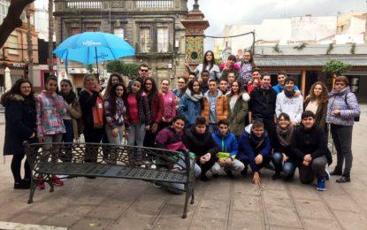 """Cerca de 800 alumnos participaron en abril en los programas de la oferta educativa """"A toda Vela"""" y """"Three little pigs"""""""