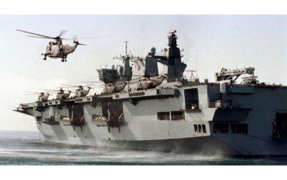 HMS Ocean recala en Gibraltar tras liderar la fuerza multinacional CTF 50 en el Golfo