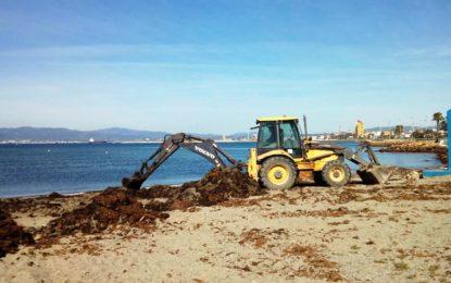 El Ayuntamiento prepara las playas urbanas para los días festivos de la Semana Santa e incluso habrá vigilancia y salvamento