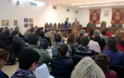 El alcalde recibe a alumnos del Instituto francés de Ciencias Políticas (Ihedate)