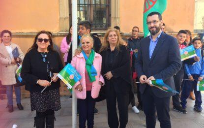 El alcalde, Juan Franco, participa en un acto  por el Día Internacional del Pueblo Gitano
