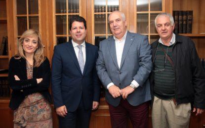 El Ministro Principal de Gibraltar se reúne con sindicatos españoles para hablar sobre el Brexit