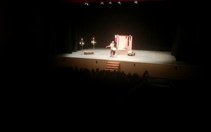 """""""Comerciantes y Farsantes"""", obra de teatro clásico de la Oferta Educativa para alumnos de ESO"""