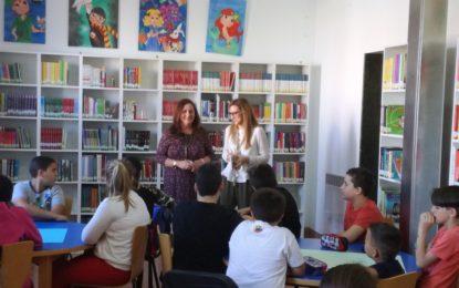 """Alumnos del colegio Gibraltar participan en la primera sesión de la actividad de animación a la lectura """"El monstruo y la bibliotecaria"""""""