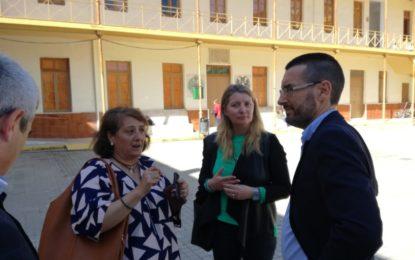 El alcalde y la concejal de Educación supervisan las obras de mejoras realizadas en el complejo educativo Ballesteros
