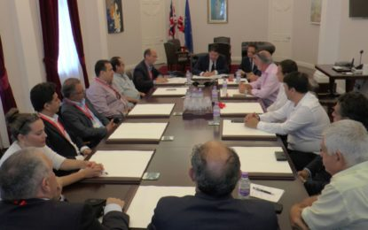 El Grupo Transfronterizo y el Gobierno de Gibraltar firman un memorándum de cooperación