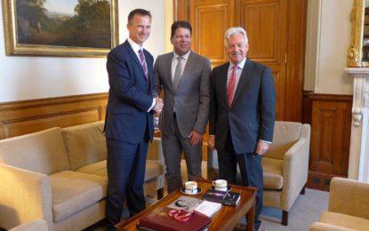 Los Gobiernos de Gibraltar y RU comentan la fructífera reunión intergubernamental sobre el Brexit