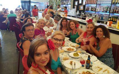 Almuerzo de funcionarios en la caseta de La Pilar