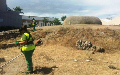 Turismo y Cultura realizan trabajos de adecentamiento en los bunkers que han sido objeto de atracción para importantes cadenas audiovisuales