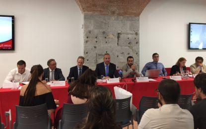 El alcalde de La Línea reclama atención de los gobiernos estatal y autonómico ante el Brexit