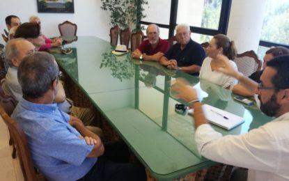 El Círculo de Estudios Linenses se presenta ante el alcalde