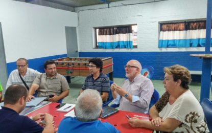 Concejales del Grupo Municipal socialista se reúnen con el Calderón CD. para tratar la problemática de los campos de fútbol