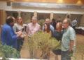 La vicepresidenta Pérez Custodio y el Alcalde de Castellar inauguran la exposición itinerante de bonsáis