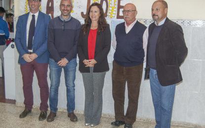 La Delegada Territorial de Educación visita el Instituto Antonio Machado