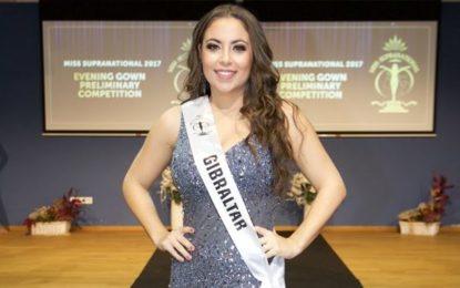 Steven Linares desea suerte a la segunda princesa de Miss Gibraltar, Sian Dean, en el concurso de Miss Supranational