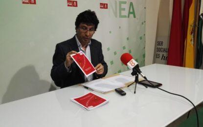 Miguel Tornay ha explicado las principales líneas de su candidatura a secretario general del PSOE de La Línea