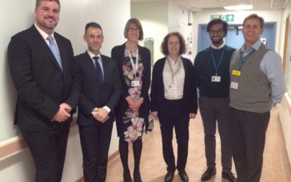 El Ministro Costa se reúne con el Departamento de Salud y los funcionarios del NHS Inglaterra en Londres