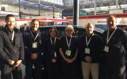 Oficiales de aduanas de HM de Gibraltar asisten a la Expo de Seguridad del Reino Unido