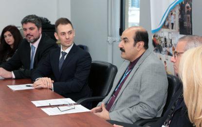 Los servicios sanitarios de Gibraltar (GHA) modernizan los servicios quirúrgicos y mantiene la capacidad de las camas durante el aumento de la gripe en Navidad