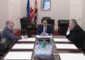 Un diputado australiano visita Gibraltar