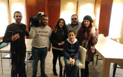 La productora sevillana CPS producciones entrevistò ayer al cinesta linense Miguel Becerra