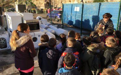 La escuela de St Bernard, en Gibraltar, apoya el manejo de desechos ambientales