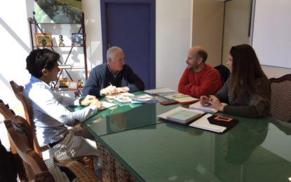 Presentan al delegado de Deportes la VII edición de la Cresta de Sierra Carbonera