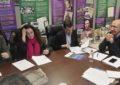 Antonio Maíllo (IU) traslada a los trabajadores transfronterizos la importancia del diálogo con Gibraltar