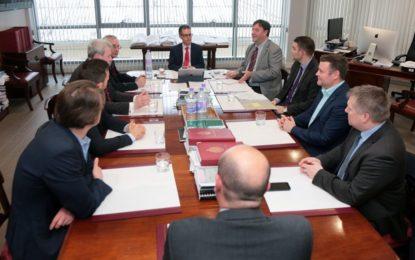 El Viceministro Principal recibe a una delegación de parlamentarios alemanes en Gibraltar para informarles sobre los efectos del proceso del Brexit