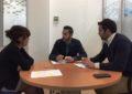 Mario Fernández  estudia con el departamento de subvenciones las posibles ayudas europeas que ayuden a paliar los efectos del Brexit en La Línea
