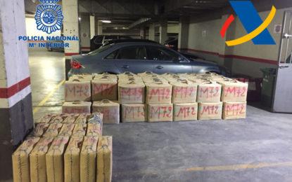 Desarticulado un grupo dedicado al tráfico internacional de estupefacientes e incautadas 2,7 toneladas de hachís y dos armas de guerra