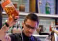 El galardonado mixólogo, Cosmin Tigroso, se hará cargo de la Calentita Cocktail Bar de Gibraltar este año