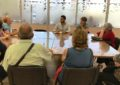 Mario Fernández recibe a vecinos de las distintas promociones de viviendas  de Emusvil